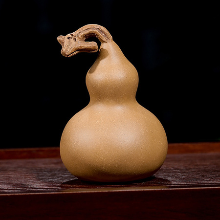 Yixing Handmade Tea Pet Bionic Sculpture Gourd Golden Mud
